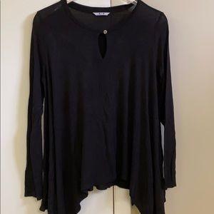 Three dot black shark bite drapey shirt